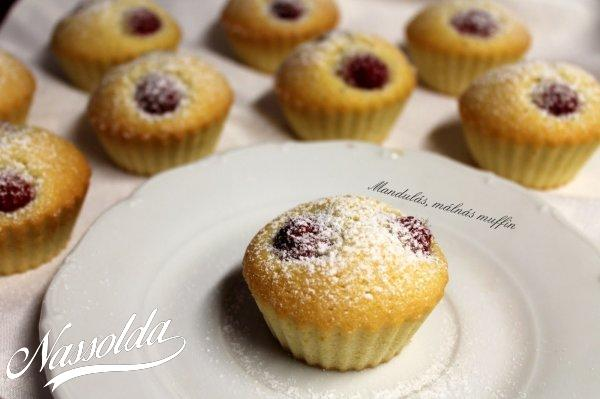 Málnás, mandulás muffin